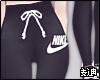 ♦ Nike