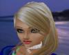[W]Isabelle Blonde