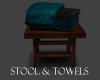 SPA STOOL AND TOWELS