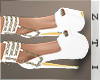 𝓩. White Pumps Chain