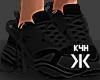 Black sneakers !