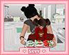 Christmas Cupcakes W/Mom