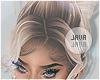 J | Silvina champagne