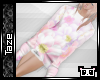 -T- Oversized Floral